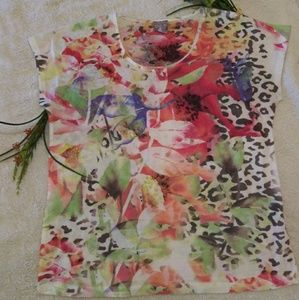 CHICO'S WATERCOLOR PRINT T-SHIRT